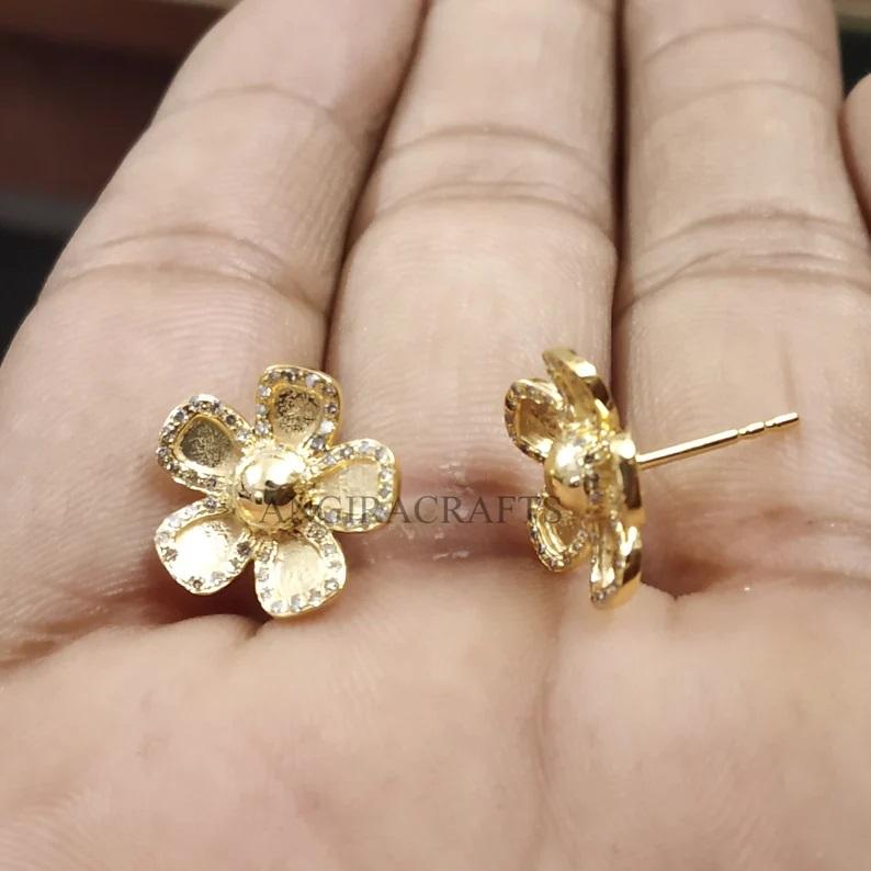 14k Gold Natural Pave Diamond Flower Shape Stud Earrings, Tiny Flower Stud, Gift For Her
